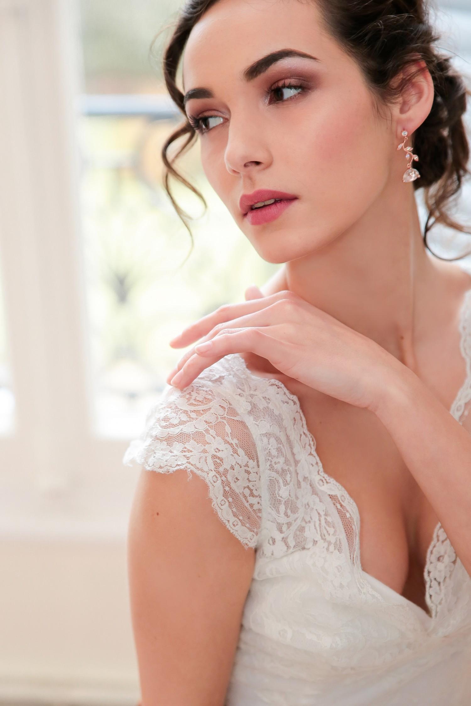 robe pour mariage femme 50 ans la mode des robes de france. Black Bedroom Furniture Sets. Home Design Ideas