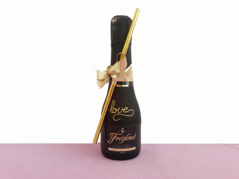freixenet-diy-bouteille-message-calligraphie-paille-lasoeurdelamariee-blog-mariage